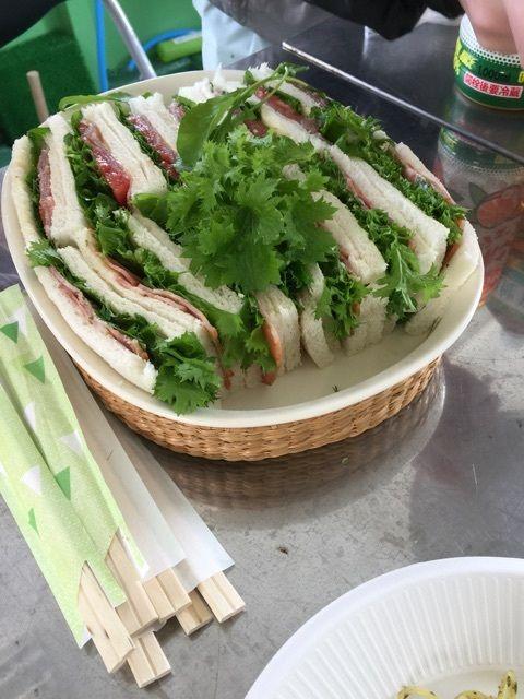 わさび菜のサンドイッチ