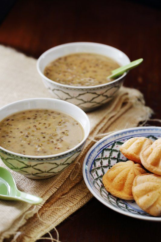 Easy #Bubur Kacang Hijau #Recipe Also known as sweet mung bean porridge, bubur kacang hijau is a traditional Malaysian dessert of mung beans, coconut milk and palm sugar. Check out this easy recipe for soul-satisfying goodness.  - See more at: http://www.hungrygowhere.my/food-guide/recipes/bubur-kacang-hijau-recipe