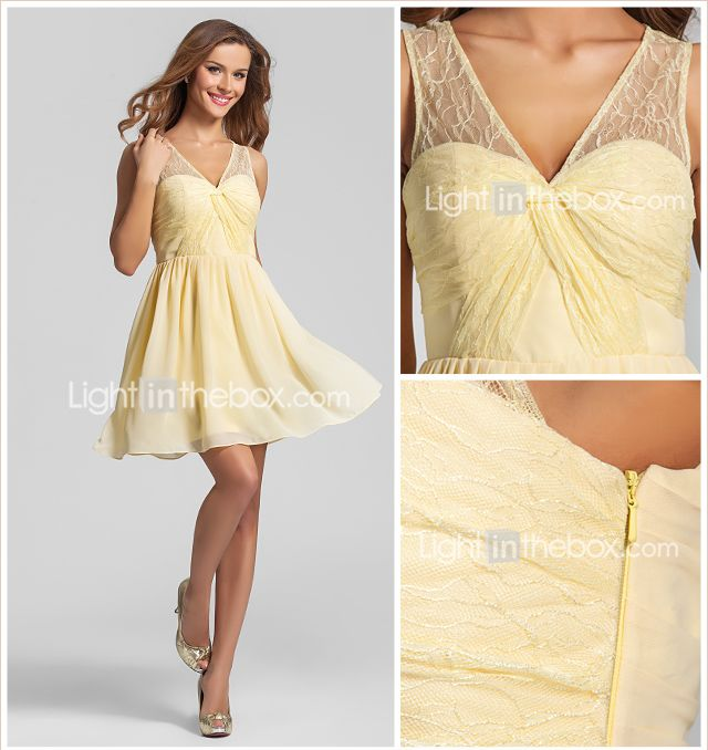una línea-v-cuello corto vestido de dama de honor de gasa / mini