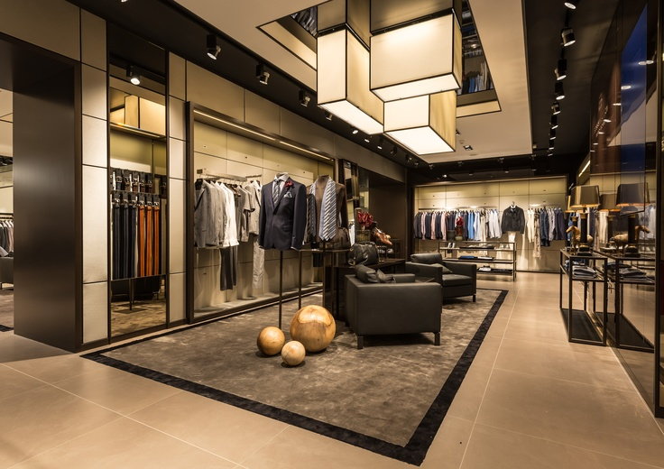 A new generation of shopping experience is waiting for you at our largest BOSS flagship store worldwide on the Champs Élysées in Paris.