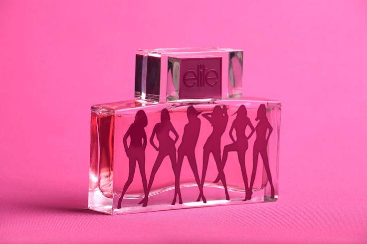 Elite Models kan andet end at sende smukke modeller på alverdens magasinforsider og modepodier. Deres nye duftserie er lige nu topaktuel og lanceringen foretages af Nygaard Tønder A/S. Duftene beskrives som sexede, pragtfulde og glamourøse med ægte duft af international skønhed.