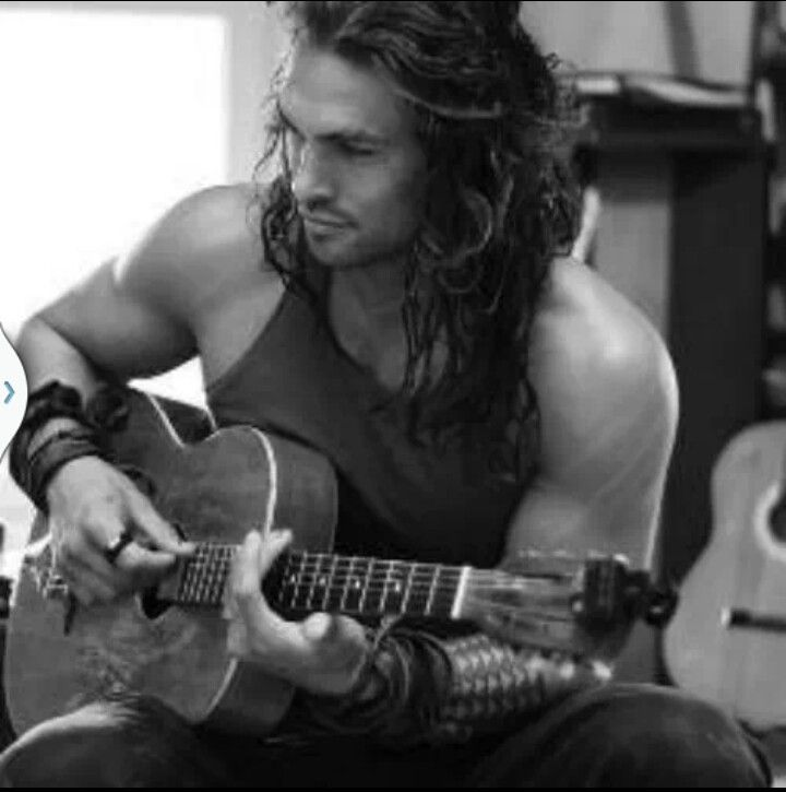 Jason Momoa...ohmoa!!!!! This man is pure testosterone. Like, bottle that shit.