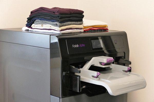 Una Impresora No Una Máquina Que Plancha Dobla Y Perfuma Tu Ropa Maquina Para Doblar Ropa Doblar La Ropa Artículos De Limpieza