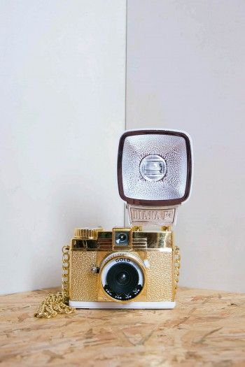 Goldfarbene Analogkamera Pure Gold by Lomography