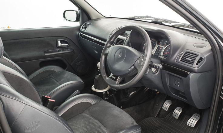 2005 RENAULT CLIO V6 255