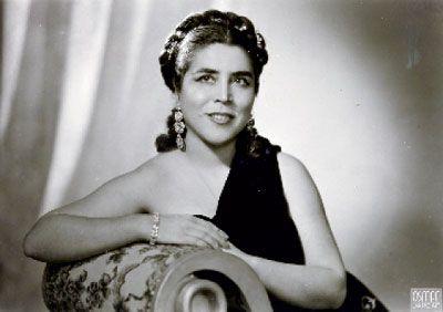 İlk kadın opera sanatçısı Semiha Berksoy