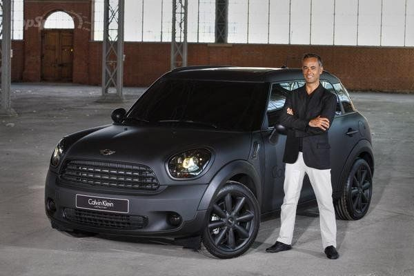 Mini // Countryman // Matte Black #DreamCar #MINICooper