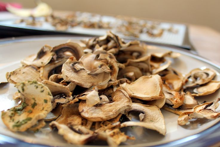Fast Delicious Mushroom Chips Seasoned with Lemon and  Garlic  Made in the Dehydrator