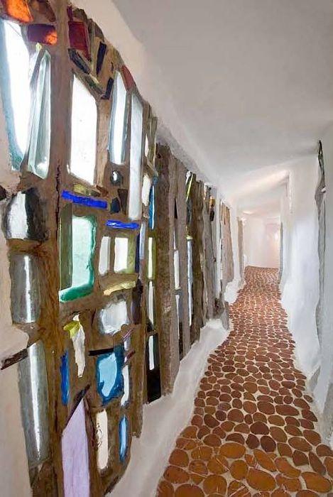 from Handmade Houses by Richard Olsen.