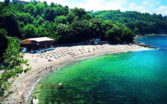 "Akcakoca ,Western Blacksea,Turkey.This Beach called ""Blue Flag Beach of Ceneviz Castle "" , it is the one of the best beach in Blacksea Region .."