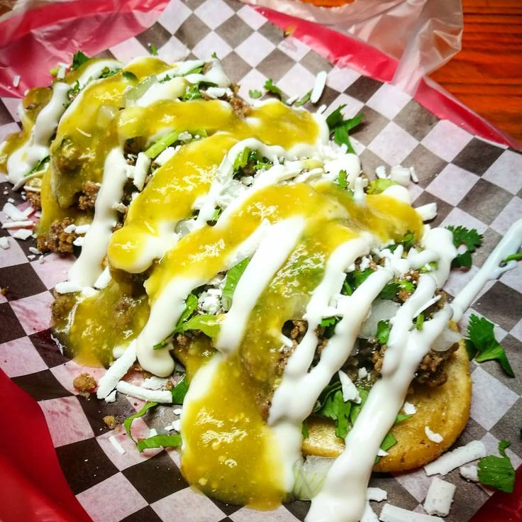 Picadillo en salsa verde  #huarache #mexican #mexicanfood #food #love #sauce #green #cream #cheese #meat #vegetable #mexico #comida #queso