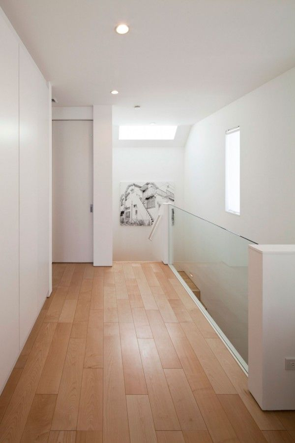 Wooden Second Floor from White Modern Interior Design by RCK Design in Tokyo 600x900 White Modern Interior Design by RCK Design in Tokyo