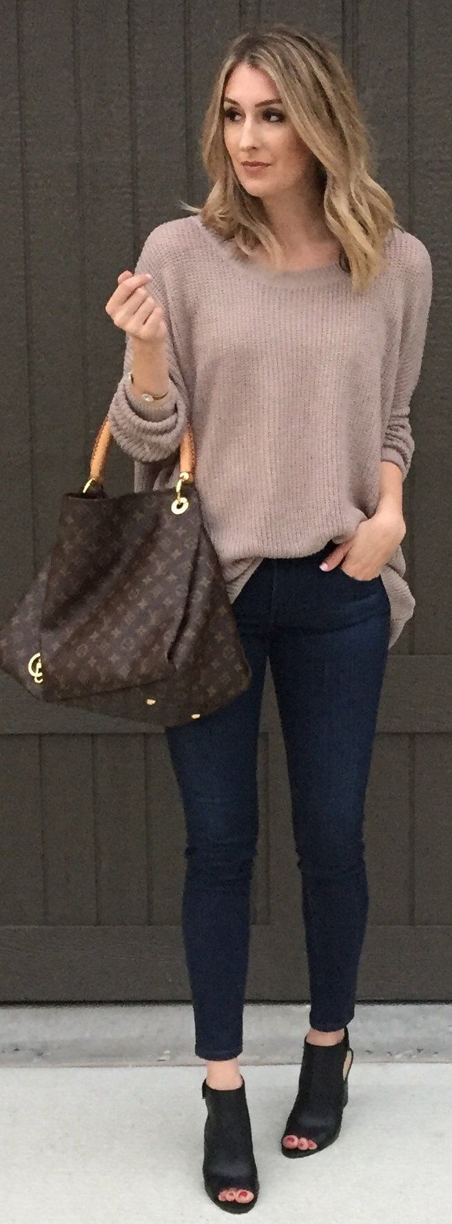 #winter #fashion / Beige Knit / Navy Skinny Jeans / Black Open Toe Booties / Brown Printed Tote Bag