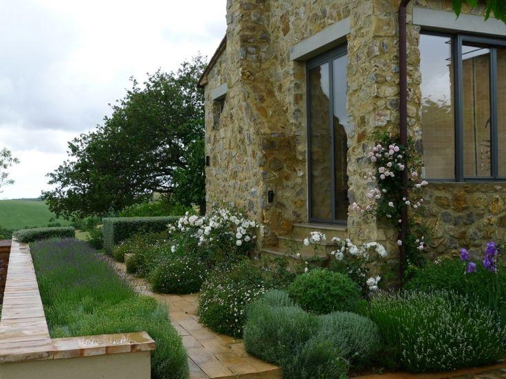 40 best tuscan garden images on pinterest gardening for Tuscan landscape design