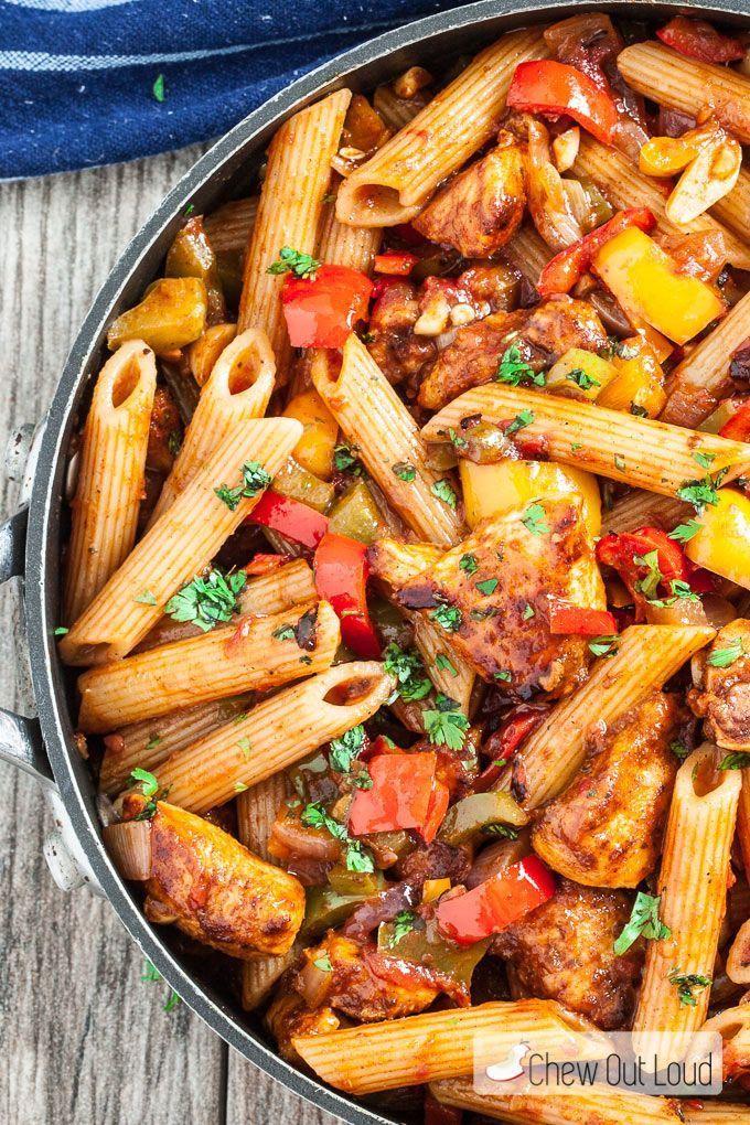 20-Minute, One-Pan Chicken Fajita Pasta