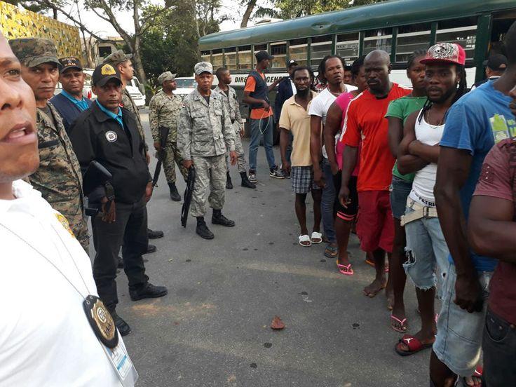 En 2017 fueron repatriados 103 mil haitianos; ya van 3,200 este año