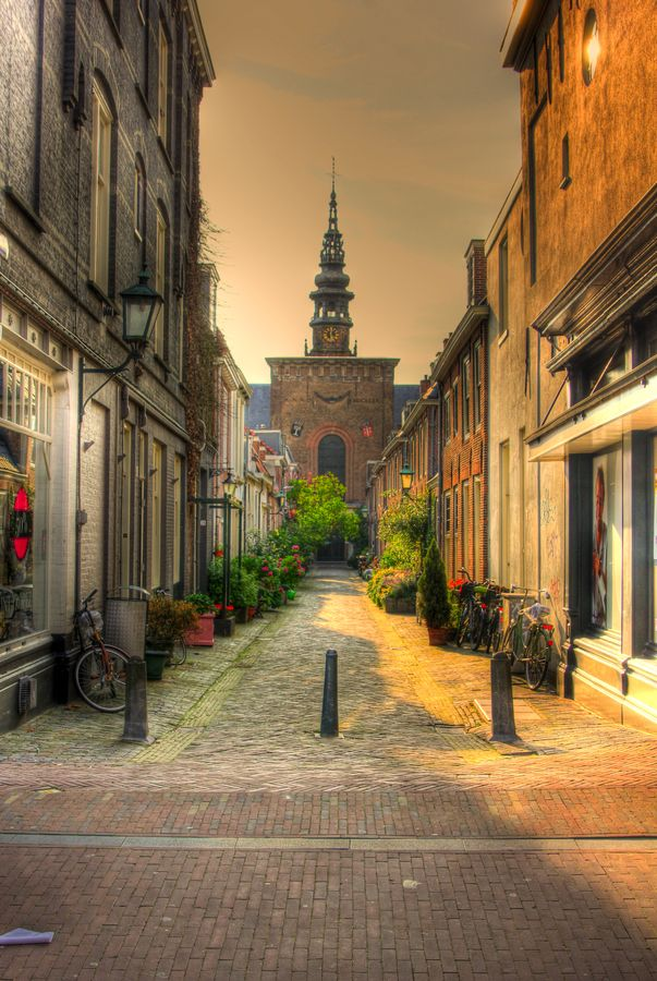 Haarlem street (the Netherlands) by Matthijs Liethof