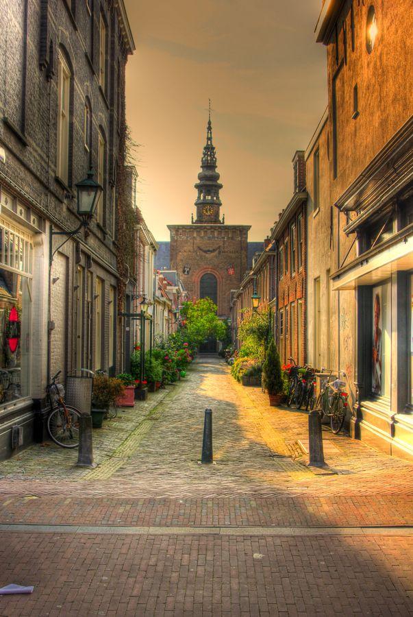 Haarlem street (the Netherlands) by Matthijs Liethof
