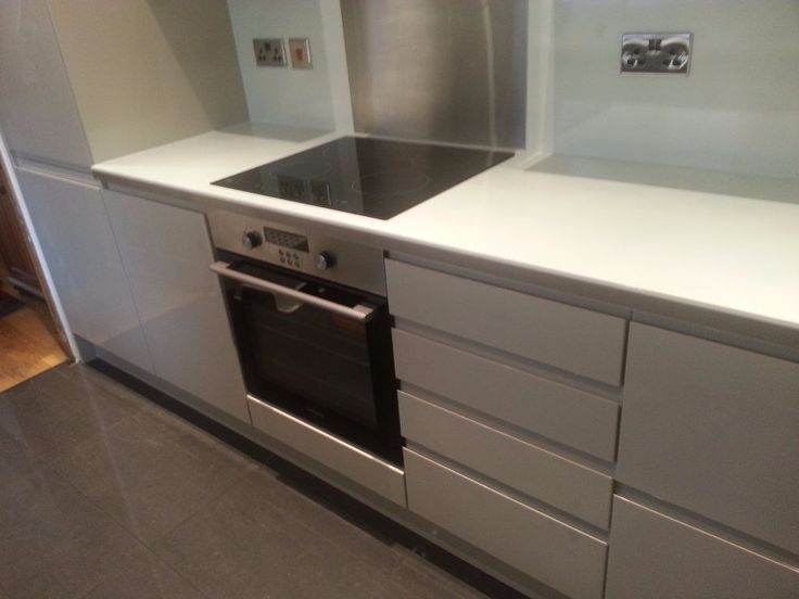 postadsuk.com-3-fully-fitted-kitchen-for-sale-howdens-clerkenwell-gloss-flint-grey-price-lowered-for-quick-sale-ho.JPG (1024×768)