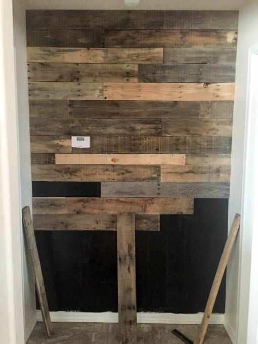 25 best ideas about pallet wall bathroom on pinterest for Pallet shower wall