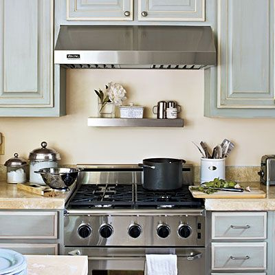 Kitchen Inspiration: Stove < Kitchen Layouts and Essential Spaces - Southern Living It is best to have 12 inches of counterspace on either side of a range so that you have a landing space for hot pots. This also allows you to turn pot handles to either side of the cooktop. Ovens should have at least 15 inches of open counter on one or both sides for hot pans and casserole dishes.