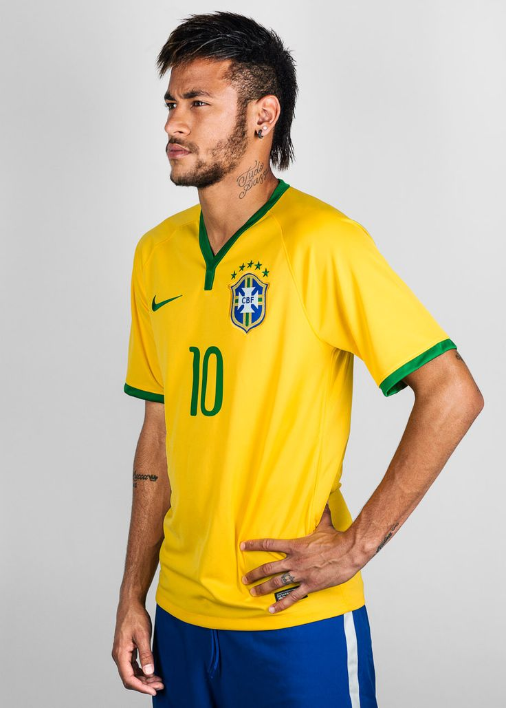 Shirtless Soccer Players also Arsenals Alexis Sanchez Up To 2nd In further Chelsea Star Oscar Shows Life Sweet Pitch Brazilian Tweets Blissful Photo Wife Ludmila moreover Oscar likewise Is Cristiano Ronaldo Gay. on oscar dos santos soccer