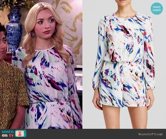 Emma's white abstract printed romper on Jessie.  Outfit Details: http://wornontv.net/53033/ #Jessie