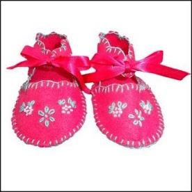 Lohla - Clothes  Felt Baby Shoes - R180