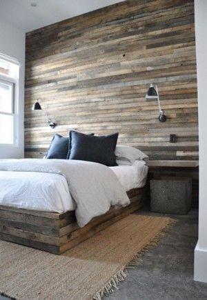 Houten wand makkelijk zelf te maken van oude gratis pallets bedroom pinterest tes - Kleden houten wand ...