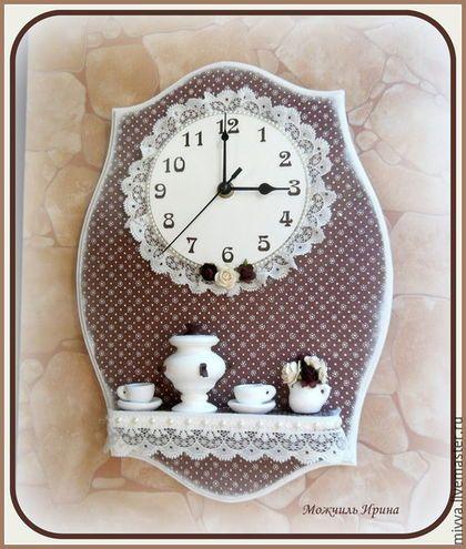 """Часы для дома ручной работы. Ярмарка Мастеров - ручная работа. Купить Часы с полочкой """"Русский шоколад"""". Handmade. Коричневый"""