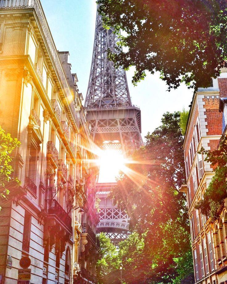 """578 Likes, 15 Comments - Жанара о Париже 🇫🇷 (@paris_kz) on Instagram: """"Париж летом-это загорать на пляжах на набережных Сены, это бесконечные очереди за мороженым на…"""""""