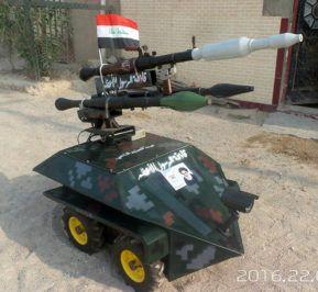 Tigre blindado, equipado com granadas de foguete e decorado com uma imagem do Grande Aiatolá Ali al-Sistani.