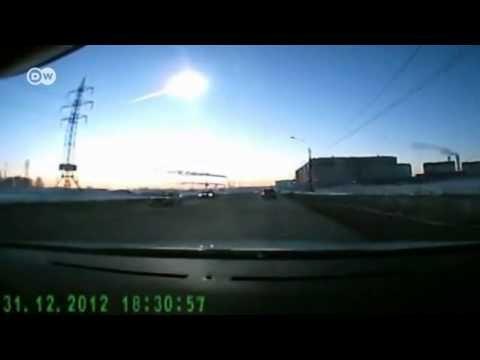 TV BREAKING NEWS Autofahrer filmt Meteoritenschauer   Journal - http://tvnews.me/autofahrer-filmt-meteoritenschauer-journal/