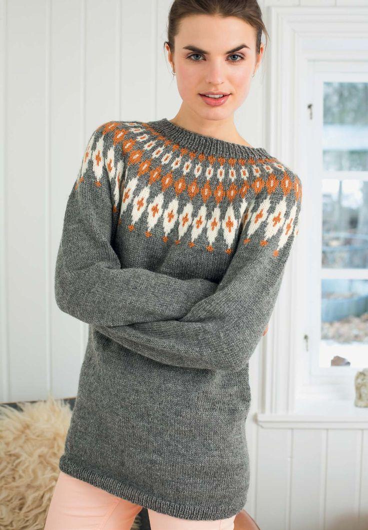 Enkel og klassisk genser med rundfelling. Tradisjonsrikt og trendy på samme tid. Ikke rart at denne har blitt manges favoritt.