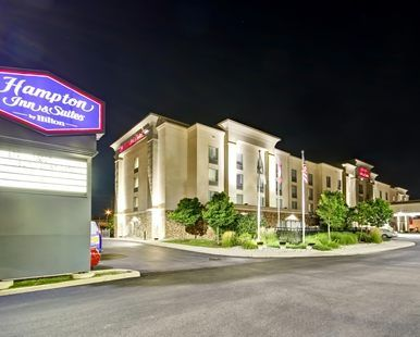 Hampton Inn & Suites by Hilton Guelph Hotel, Ontario, Canada - Roadside View of Hotel