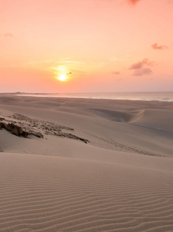 Amazing sunset in the desert of Boa Vista, Cape Verde #Kaapverdie - More at https://www.kaapverdie.nl/vakantie-boa-vista/