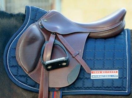 Wharfedale Equestrian: John Whitaker Int John Whitaker Classic GP Saddle Pad