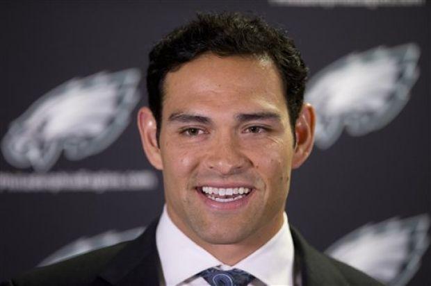 All eyes on Mark Sanchez as Philadelphia #Eagles face Carolina #Panthers « Philly Sports Muse #NFL #CARvsPHI