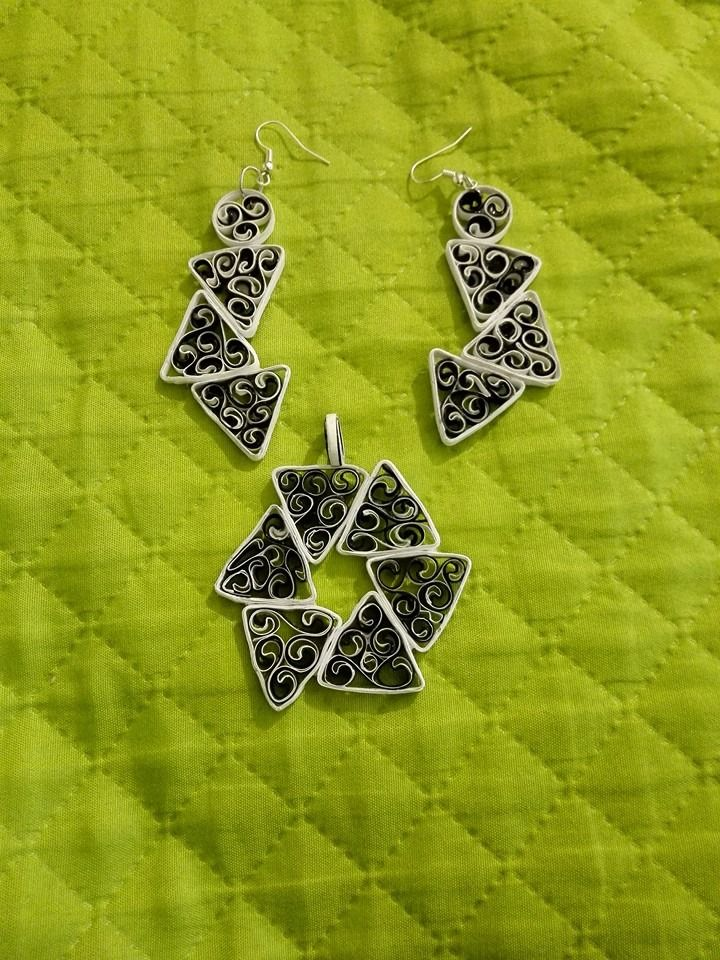 triangle quilling earring