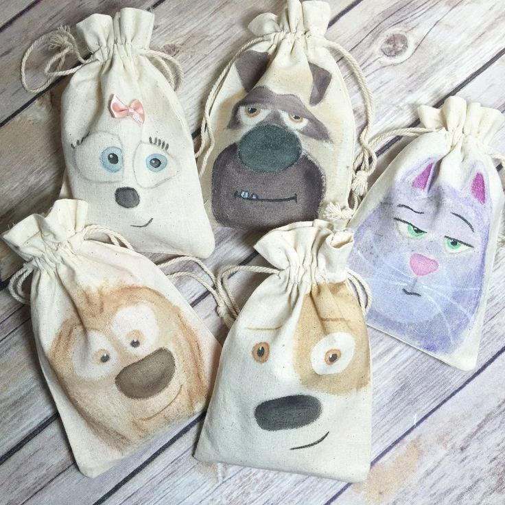 The Secret life of Pets Dogs and Cats - Muslin Party Favor Bag / Pouch - Hand Painted - Reusable. #ft