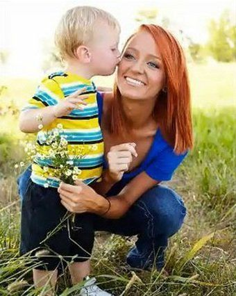 Maci Bookout (with red hair!) and Bentley #teenmom