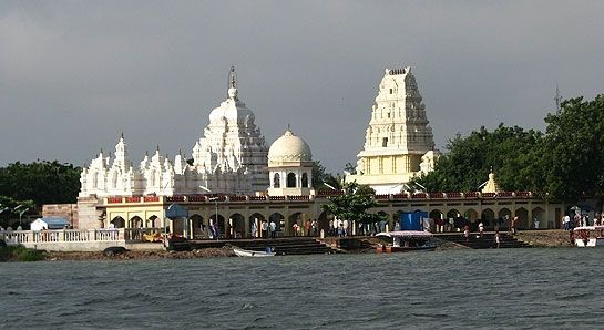 Sangama Photos - Check out ಸಂಗಮ ಚಿತ್ರಗಳು, ದೇವಾಲಯ photos, Sangama images & pictures. Find more Sangama attractions photos, travel & tourist information here.