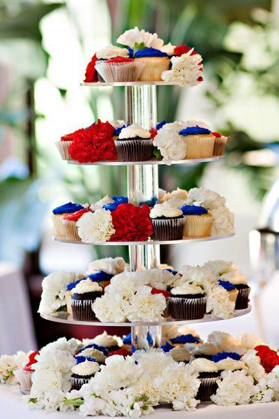 Adorable patriotic themed wedding cupcakes; Featured Photographer: Kelly Brown Weddings