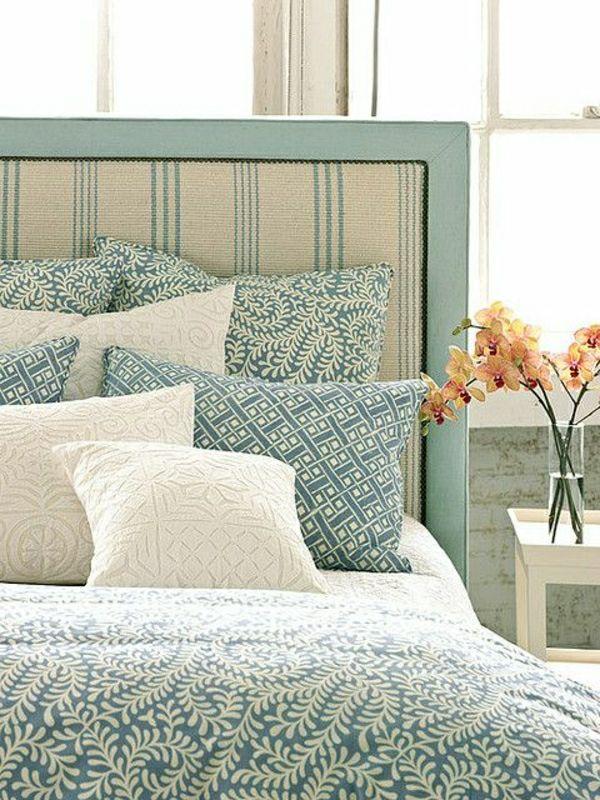 linge de lit en bleu