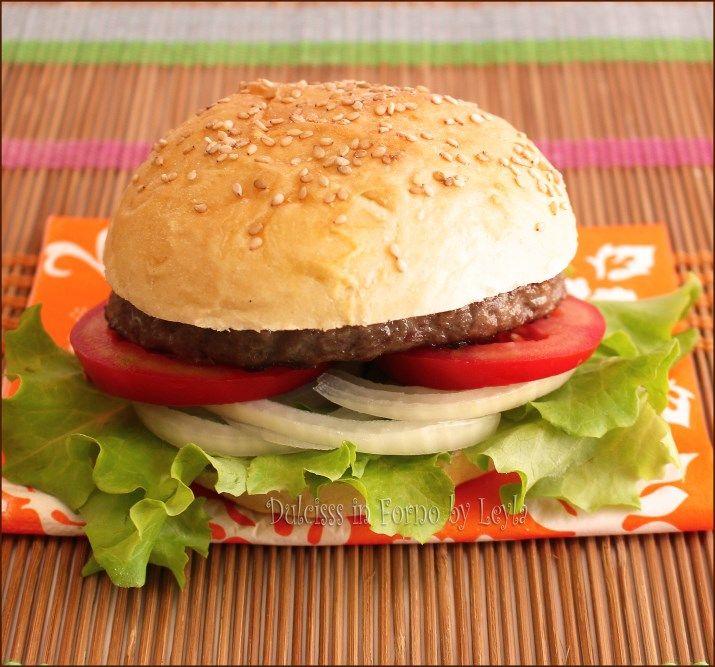 Favoloso Oltre 25 fantastiche idee su Panini con hamburger fatti in casa su  FJ33