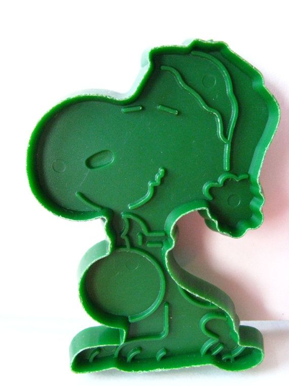 7 peanuts COOKIE CUTTERS snoopy charlie brown linus by mudintheUSA, $9.50