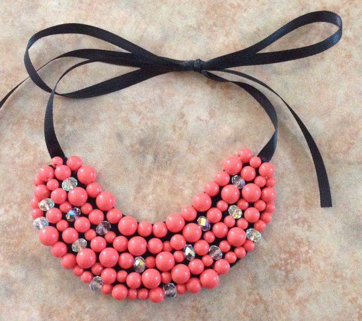 Collar chico de perlas color mamey