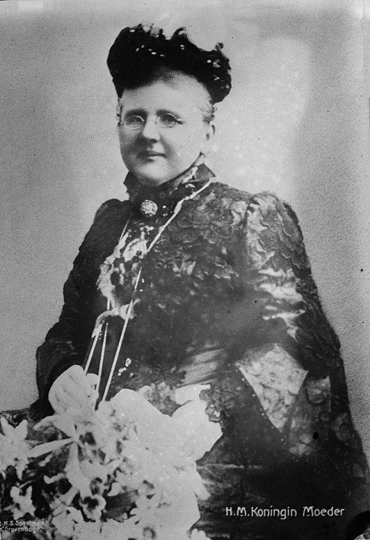 Koningin-moeder Emma der Nederlanden, omstreeks 1890