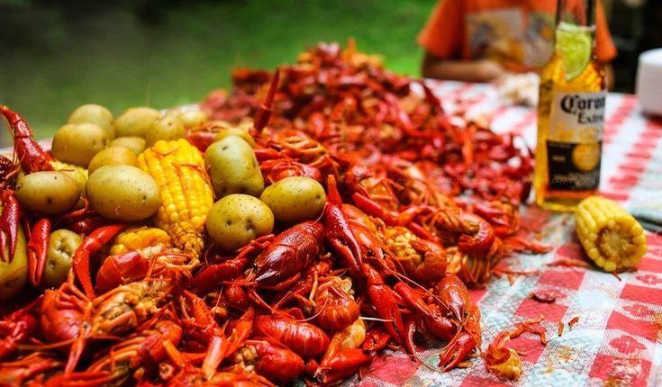 Get crackin' during crawfish season in Houston at 8 great spots