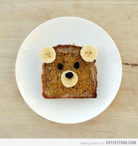 Fun Food for Toddlers.Amazing how a few slices of banana turns a piece of toast into a bear!!